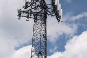 Cell phone tower antenna exposes us to cellphone radiation dangers