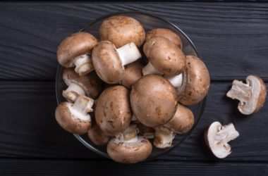 Bowl of fresh mushrooms which fight mild cognitive impairment